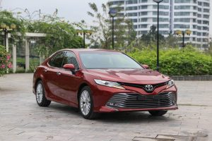 danh-gia-xe-toyota-camry-2020-anh-08