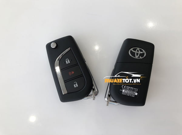 Toyota Fortuner 2.4G 4×2 MT anh 4