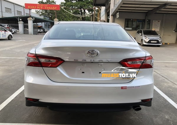toyota camry 2.0g anh 8