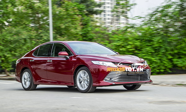 toyota camry 2.5Q anh 3