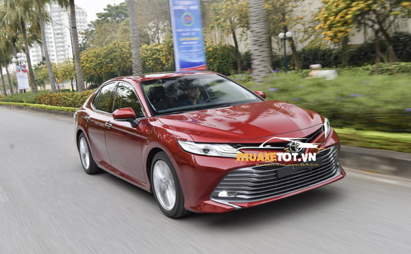 toyota camry 2.5Q anh 6