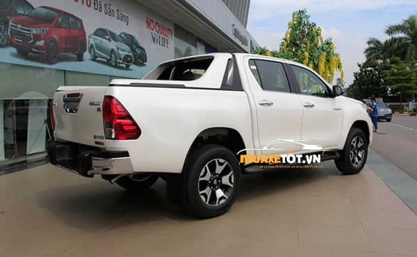 Toyota Hilux 2.8G 4x4 AT anh 24